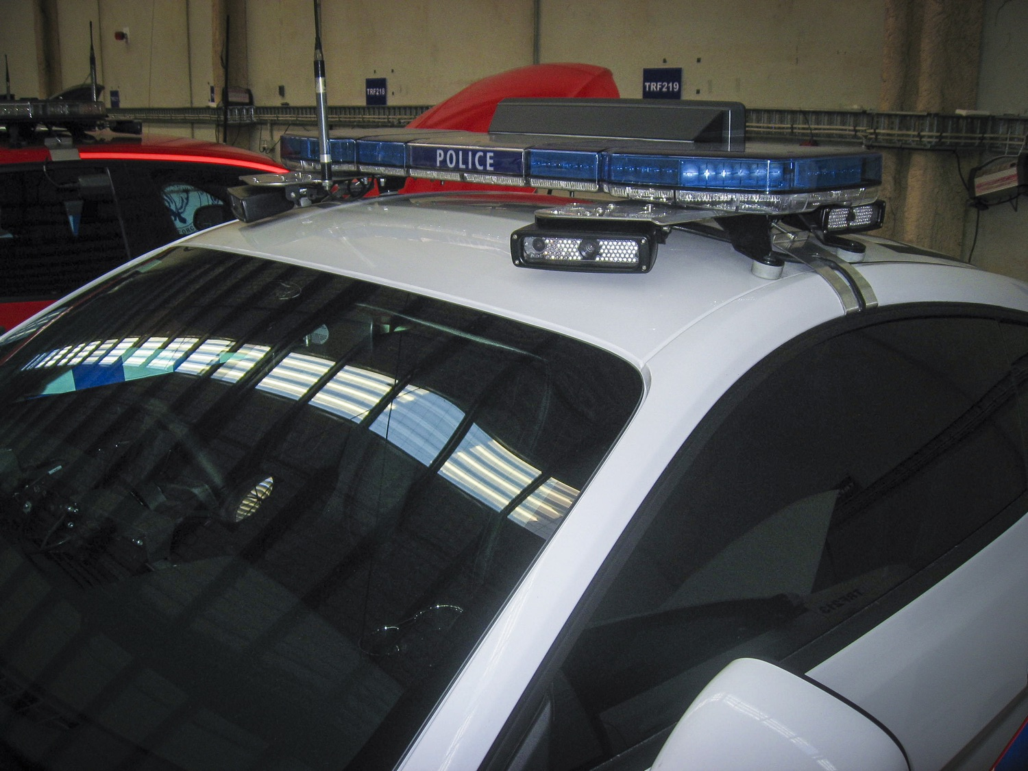 Code 3 Pursuit Led Lightbar 25 Series Esg Asia Pacific